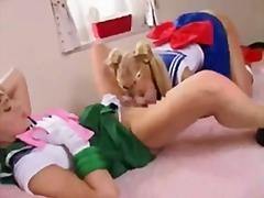 Porno: Tüdruk, Aasia