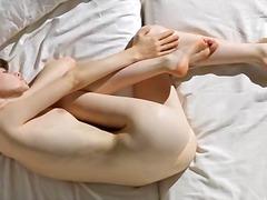 Porno: Teismeline, Brünetid, Kõhn, Masturbeerimine