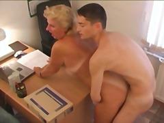 Porn: Rusinja, Starejše Ženske