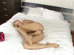 Porn: मूठ मारना, गीली, बालों वाली, लंगोट