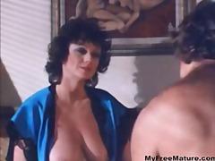 Porno: Vintage, Tussu, Suured Rinnad, Oraal