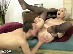 Porno: Nylonky, Blondýnky, Zralý Ženský, Babičky