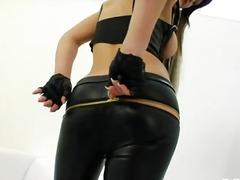 Porno: Masturbándose, Anal, Juguetes, Ménage À Trois
