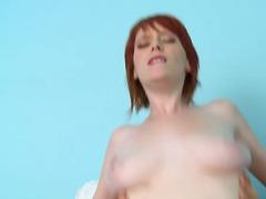 Порно: Руді, Ліжко, Великі Цицьки, Молоді Дівчата
