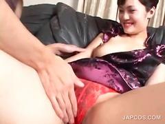 Πορνό: Γιαπωνέζα, Στολή, Σκληρό, Φιλί