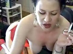 Porno: Siqaret Çəkən, Gözəl Qız, Masturbasya, Kürən