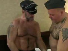 Porno: Tetovētie, Orālā Seksa, Orālais Sekss, Geji