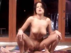 Porno: Tieten, Brunette