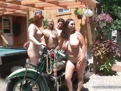 جنس: واقعى, مجموعات, خارج المنزل, كاميرا نت