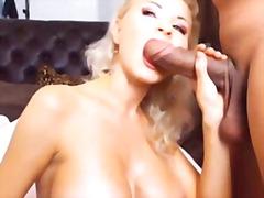 Porno: Iri Döşlü, Vebkamera, Sarışın, Ağır Sikişmə