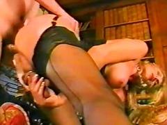 Porno: Dones Amb Cigala, Làtex, Vintage, Tipus