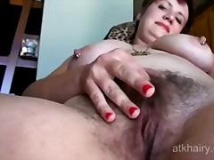 Porn: मूठ मारना, मांसल, बालों वाली