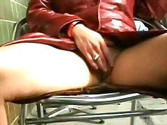 Pornići: Masturbacija, Kratka Suknja, Treperenje, Seks Na Otvorenom
