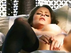 Porno: Prsatý Holky, Masturbace, Prsty, Celebrity