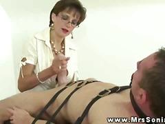 Порно: Зрелые, Доминирование, Дрочка, Женская Доминация