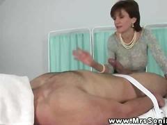 Porno: Pusmūža Sievietes, Masāža, Pupi, Rokas Masturbācija