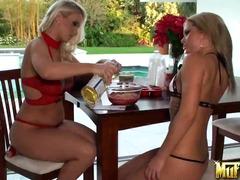 Porno: Blondes, Godes, Italiens, Rasées