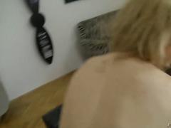 Porno: Putes, Fortes Poitrines, Domination Féminine, Branleuses