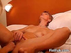 Porno: Oralinis, Lesbietės, Fistingas, Laižymas