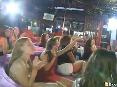 Porno: Brunetes, Striptīzs, Meitenes, Grupas