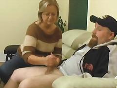Porno: Spermos Šaudymas, Paaugliai, Ji Smauko