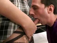Porno: Böyük Döşlər, Guy, Çalanşik, Kollec