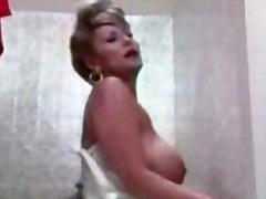Porno: Retro, Çalanşik, Böyük Döşlər, Corablı
