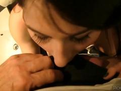 פורנו: גמירה על הפנים, בעבודה, בחורה, תחת