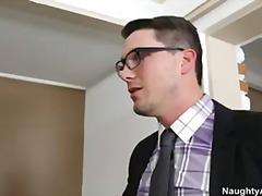 Porn: Papanje, Tajnica, Velike Prsi, Tetovaža