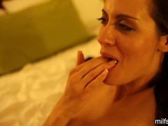 Porno: Voodi, Armas, Daam, Tõeline