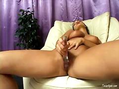 Porno: Solo, Masturbācija, Rotaļlietas, Brunetes