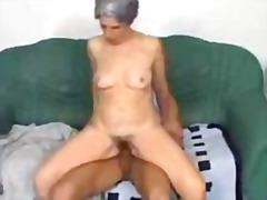 Porno: Vyvrcholení, Babičky, Píča, Na Koni