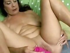 Porno: Madura, Haciendo Una Paja, Abuelita , Orgasmo