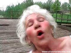 Porno: Dildo, Spalvainās, Vecmāmiņas