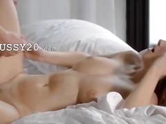 Pornići: Hardcore, Brineta, Grudi, Pušenje