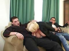 Porn: Resničnost, Gospodinja, Babica, Mamica