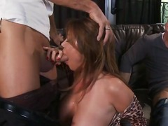 Phim sex: Khuôn Mặt, Thủ Dâm, Thế Lừa Nhảy, Thổi Kèn
