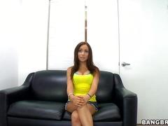 Porno: Ağır Sikişmə, Striptiz, Oyuncaq, Iri Döşlü