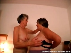 Porno: Dildo, Yaşlı, Lezbi