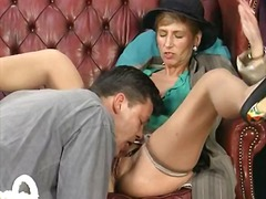 Porno: Vanaema, Küps, Hardcore, Suhuvõtmine