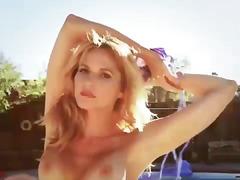 Porr: Bikini, Utomhus, Bröst