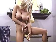 Porno: Masturbasya, Oyuncaq, Böyük Döşlər