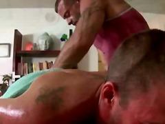 Porno: Tetování, Homosexuálové, Olej, Masáže