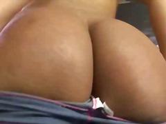 Porno: Striptíz, Shemale, Masturbácia, Sólo