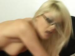 Porno: Anal, Ağır Sikişmə, Sarışın