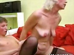 Porno: Prsa, Felace, Hardcore, Babičky