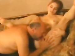 Porn: किशोरी, पुरुष, अधेड़ औरत