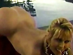 Porno: Masturbime, Cicëmadhet, Dildo, Striptizerka