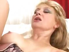 Porn: Starejše Ženske, Blondinka, Žensko Spodnje Perilo, Kosmata Muca