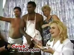 პორნო: რეალობა, სექსაობა, წვეულება, ჯგუფი